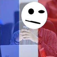 Nggak cuma dukung Prancis. Bendera negara dunia favoritmu juga bisa dipakai untuk melengkapi foto profil di media sosialmu.