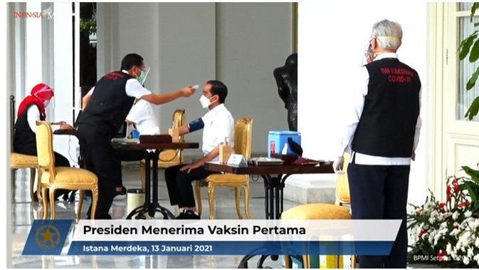 Presiden Joko Widodo suntik vaksin COVID-19 (Sumber: YouTube/Sekretariat Presiden)