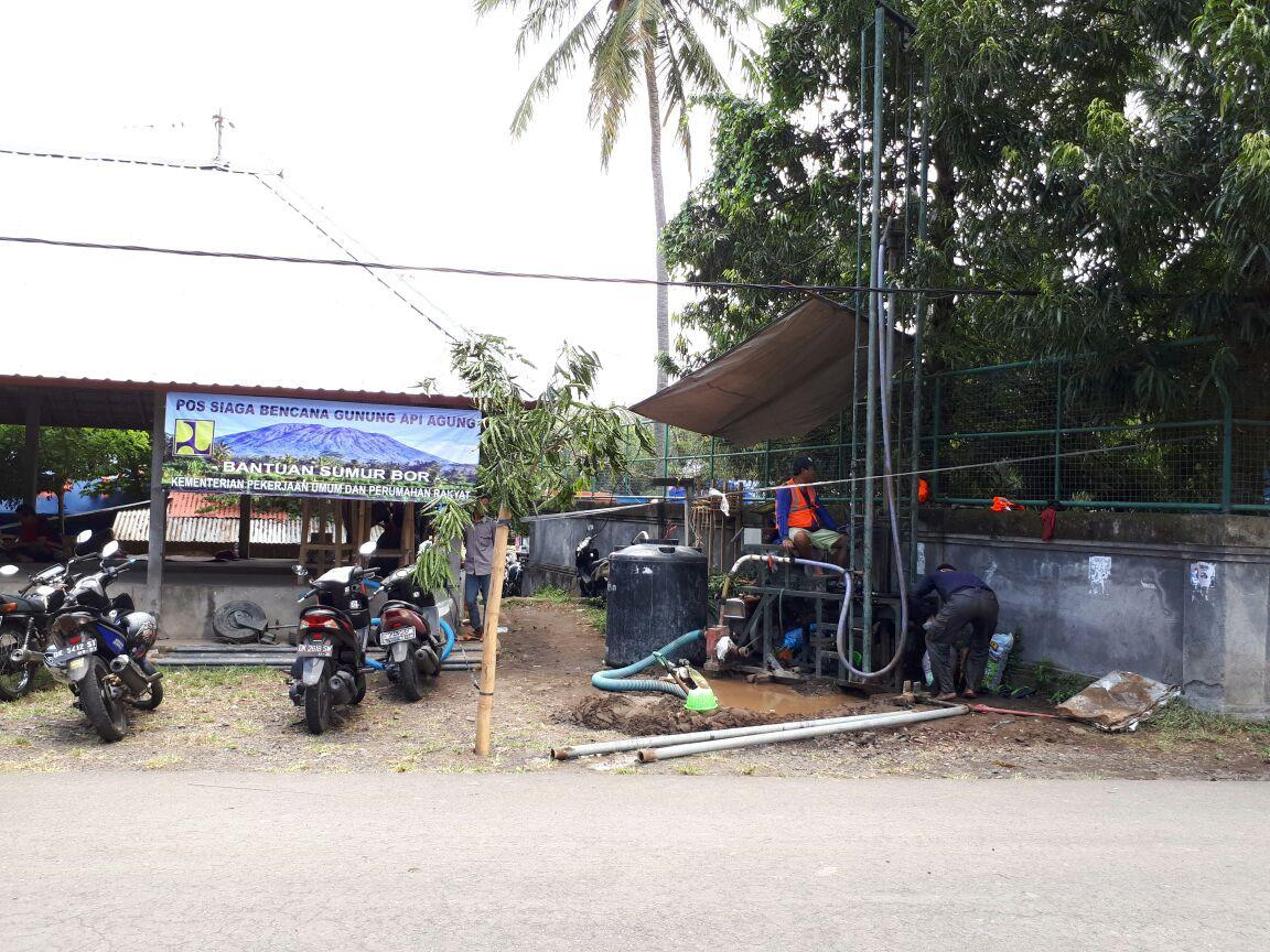 Kementerian PUPR bergerak cepat untuk mengantisipasi status awas Gunung Agung di Kabupaten Karangasem, Bali.