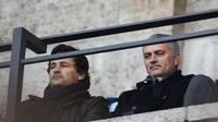 Jose Mourinho saat hadiri pertandingan Inter Milan vs Sampdoria (GIUSEPPE CACACE / AFP)