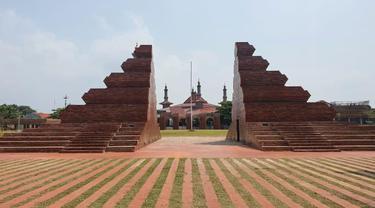 Kesan Gubernur Ridwan Kamil Resmikan Alun-Alun Kejaksan Cirebon
