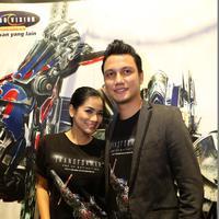 Titi Kamal dan Christian Sugiono (Galih W. Satria/Bintang.com)