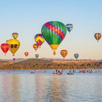 Salah satu atraksi menarik di Australia; Hot Air Balloon. (Foto: instagram.com/australia)