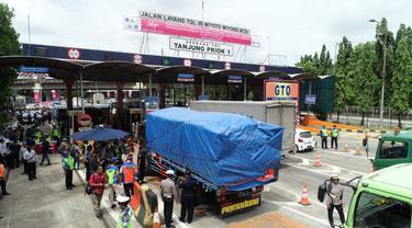 Larangan Truk ODOL Melintas Jalan Tol Jakarta - Bandung Berlaku Mulai Hari Ini