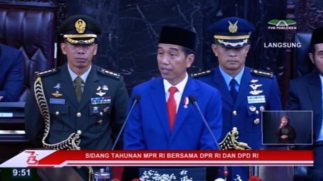 Presiden Jokowi menyampaikan pidato Kenegaraan menyambut HUT Ke-73 Proklamasi Kemerdekaan RI di depan Sidang Bersama DPR dan DPD RI di Gedung MPR/DPR/DPD RI di Jakarta.