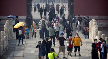 FOTO: Corona Mereda, Kota Terlarang China Kembali Dibuka