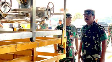 Panglima TNI Tinjau Kesiapan Alutsista Untuk Pemadaman Karhutla
