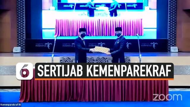 Kementerian Pariwisata dan Ekonomi Kreatif gelar acara serah terima jabatan pada Rabu, 23 Desember 2020. Sandiaga Uno kini resmi duduk di kursi menteri menggantikan Wishnutama.