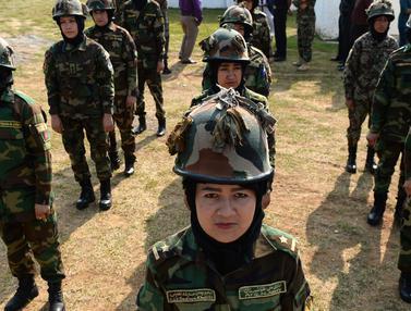 Latihan Tentara Perempuan Afghanistan