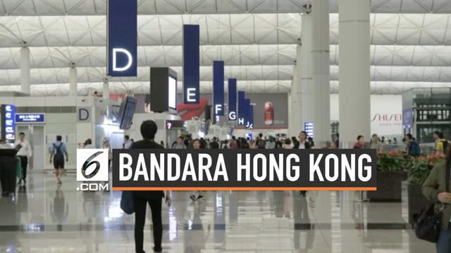 Usai lumpuh karena diduduki ribuan demonstran, Bandara Internasional Hong Kong kembali beroparasi Selasa (13/8/2019) pagi. Penutupan bandara batalkan lebih dari 150 penerbangan.