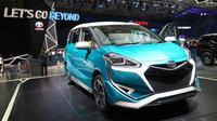Toyota Sienta Ezzy ditampilkan di GIIAS 2017. (Herdi Muhardi)