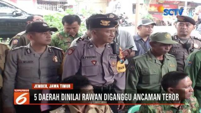 Waspadai ancaman teroris dalam pilkada serentak hari ini, sekitar 53 ribu aparat gabungan dikerahkan untuk mengawal proses pemilihan kepala daerah di Jawa Timur agar berlangsung tertib dan lancar.