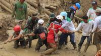 Tim SAR gabungan masih mencari tiga korban hilang dalam peristiwa banjir di Kabupaten Bogor. (Dok. Basarnas)
