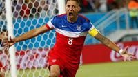 Selebrasi Clint Dempsey (AS) usai mencetak gol cepat ke gawang Ghana di babak penyisihan Piala Dunia 2014 Grup G, Brasil, (17/6/2014). (REUTERS/Toru Hanai)
