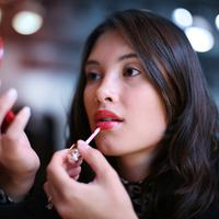 Ilustrasi lipstik/copyright shutterstock