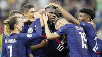 Paul Pogba - Terlepas dari kegagalan Prancis melaju ke perempat final, Pogba tetaplah pemain top dunia yang mampu memperlihatkan aksi memukau di lapangan. Ia memamerkan umpan berkelas dan mencetak salah satu gol terbaik di sepanjang Euro 2020. (AP/Vadim Ghirda, Pool)