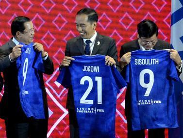 Para Pemimpin ASEAN Diberi Jersey oleh FIFA