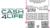 Ilustrasi karcis lotere Cash4Life. (Sumber njlottery.com dan palottery.state.pa.us)