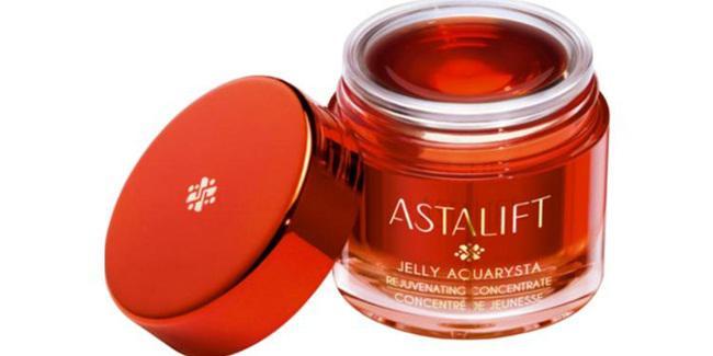 Astalift Jelly Aquarysta/copyright sociolla.com