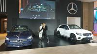 New Mercedes-Benz B-Class dan GLC AMG Night Edition ikut memeriahkan IIMS 2019. (Arief A/Liputan6.com)