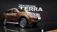 Nissan Terra resmi menantang Toyota Fortuner dengan harga mulai Rp 460 jutaan. (Amal/Liputan6.com)
