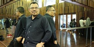 Tahun baru 2020 menjadi satu langkah baru bagi maestro seni Garin Nugroho, setelah menorehkan prestasi gemilang tahun 2019  dengan penghargaan di Festival Film Indonesia (FFI) 2019 lewat film Kucumbu Tubuh Indahku. (Bambang E.Ros/Fimela.com)