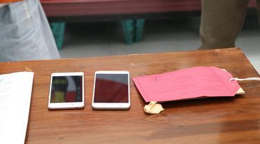 Residivis kembali mencuri Ponsel demi berhubungan dengan kekasih gelapnya. Dia tegal melupakan sang istrinya yang TKW di Taiwan. (Foto: Liputan6.com/Polres Kebumen)