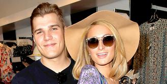 Akan menikah sebentar lagi, Paris Hilton mengungkap rahasia hubungannya dengan Chris Zylka yang kian bahagia. (David Livingston/Getty Images/USMagazine)