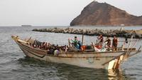 Para Migran di kapal (AFP)