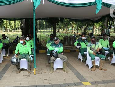 HUT Bhayangkara, Petugas Penggali Makam Dapat SIM Gratis