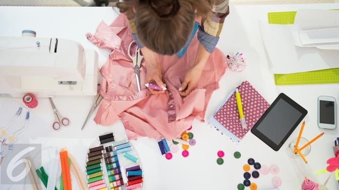 Cara Menjahit Baju untuk Pemula, Mudah Dipraktikkan Sendiri - Hot  Liputan6.com