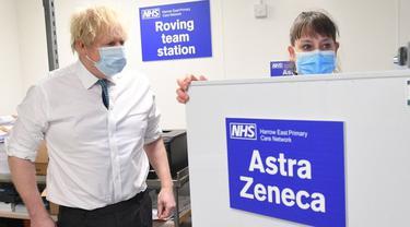 PM Inggris Boris Johnson menerima vaksin COVID-19 dosis pertama.