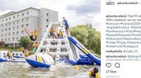 Intip keseruan wahana di taman bermain air Adventure Dock di Liverpool Inggris. (Foto: instagram @adventuredock)