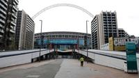 Suasana Stadion Wembley di London, Selasa (17/3/2020). UEFA menunda gelaran Piala Eropa 2020 karena virus corona COVID-19. (AP Photo/Alastair Grant)
