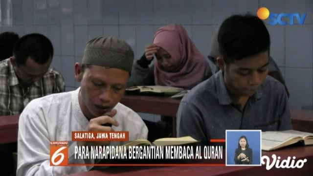 Ratusan narapidana di Rutan Kota Salatiga gelar khataman Alquran dengan target tiga kali khatam selama bulan Ramadan.