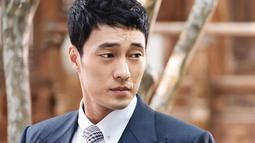 So Ji Sub dulunya merupakan perenang handal. Bahkan ia berhasil mendapatkan medali perunggu di Olimpiade Nasional Korea. (Foto: koreaboo.com)
