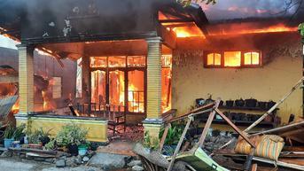 Rumah Tetangga Dilalap Si Jago Merah, Lansia di Padang Meninggal karena Kaget