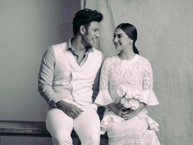 Sepulang dari bulan madu, Irish Bella dan Ammar Zoni mengaku bahwa keduanya sudah kangen dengan jadwal syuting. (Liputan6.com/IG/_irishbella_)