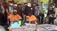 Dua warga asal Kabupaten Pasuruan pelaku curanmor di Kota Malang ditembak petugas Polres Malang Kota (Liputan6.com/Zainul Arifin)