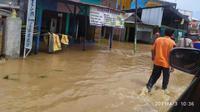 Banjir menggenangi Kabupaten Bima, NTB, Sabtu (3/4/2021). (Foto: BNPB)