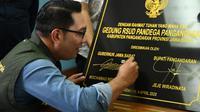 Gubernur Jawa Barat Ridwan Kamil meresmikan RSUD Pandega Pangandaran secara jarak jauh melalui Video Conference dari Gedung Pakuang, Kota Bandung, Sabtu (4/4/20). (sumber foto: Humas Pemprov Jabar)