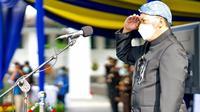 Wali Kota Bandung Oded M. Danial menjadi inspektur peringatan Hari Ulang Tahun (HUT) ke-210 Kota Bandung di halaman Balai Kota, Jumat (25/9/2020). (Foto: Humas Kota Bandung)