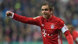 1. Philipp Lahm - Pemain asal Jerman ini diubah menjadi gelandang oleh Pep Guardiola dan mampu beradaptasi dengan baik. Lahm menjadi tumpuan Bayern Munchen di bawah asuhan Guardiola. (AFP/Christof Stache)