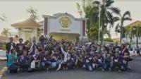"""Fakultas Ilmu Budaya Universitas Airlangga menggelar tur menelusuri  """"urban legends"""" di Surabaya, Jawa Timur. (Foto: Dok FIB Universitas Airlangga)"""