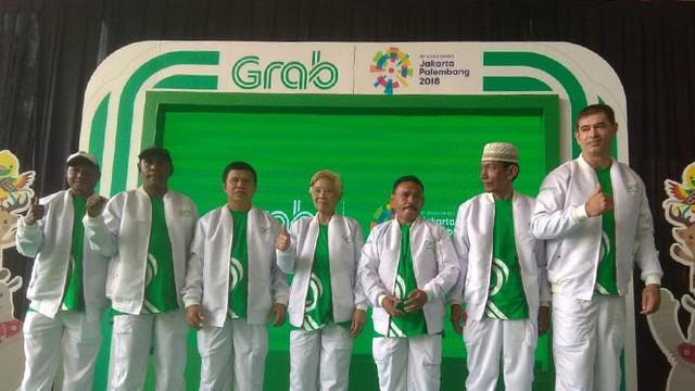 Berita video Grab menggandeng tujuh atlet legendaris Indonesia, Ellyas Pical (tinju), Nico Thomas (tinju), Tati Sumirah (bulutangkis), Sutiyono (balap sepeda), Alexander Pulalo (sepak bola), Pascal Wilmar (bola voli), dan Abdul Rozak (taekwondo).