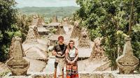 Ayu Dewi dan suami liburan ke Sumba (Sumber: Instagram/mrsayudewi)
