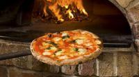 Sebuah makanan memang bisa bernilai mahal bergantung pada lama pembuatannya. Demikian juga pizza, yang dikenal sebagai makanan umum.