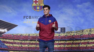 FOTO: Barcelona Resmi Memperkenalkan Philippe Coutinho