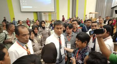 Rapat pleno rekapitulasi Pilkada Wali Kota Makassar sempat diwarnai kericuhan (Liputan6.com/ Eka Hakim)