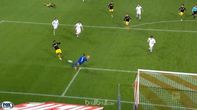 Berita video highlights Bundesliga antara Koln Vs Borussia Dortmund 2-3. This video is presented by Ballball.